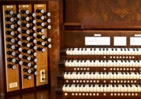 Johannus installs largest home organ in the U.S.